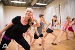 TOZ by Esther dansschool - Luisteren - Theaterdans 2