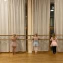TOZ by Esther Dansschool - Theaterdans 1 4 en 5 jaar kindjes